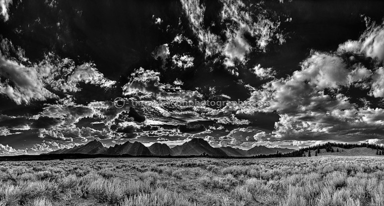 Teton_PanoramaBW